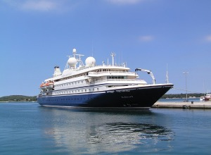 yacht-838697_1280