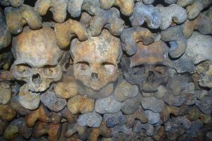 catacombs-901423_1280